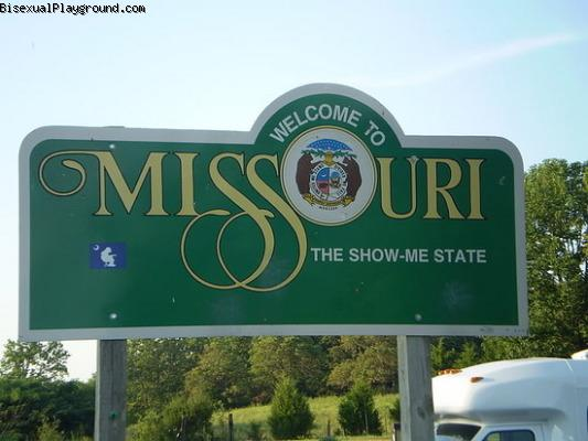 Mid mo swingers Missouri Swingers Clubs